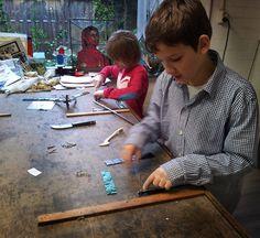 Kinderglasatelier   Mario's glas in lood atelier Vught / Den Bosch - Glas in Lood - Fusing - Brandschilderen - Workshops - Giftshop
