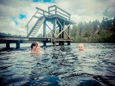 #salo #Pertteli  Hossusjärvellä on laiturit, hyppytorni ja pukukopit, järvi on hiekkapohjainen. http://www.naejakoe.fi/uimapaikat/hossusjarvi/