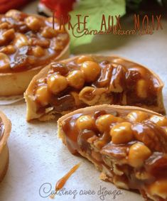 Nut and dried fruit tart (salted butter caramel) - Nut and dried fruit tart (salted butter caramel) Caramel Recipes, Beef Recipes, Whole Food Recipes, Dinner Recipes, Cake Ingredients, Homemade Tacos, Homemade Taco Seasoning, Seasoning Recipe, Patisserie