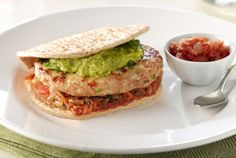 Jalapeño Jack Turkey Burgers from Recipes. Under 500 Calories! Turkey Burger Recipes, Turkey Burgers, Chicken Recipes, Granny's Recipe, Recipe For Mom, Most Popular Recipes, Favorite Recipes, Wholly Guacamole, Turkey Chicken