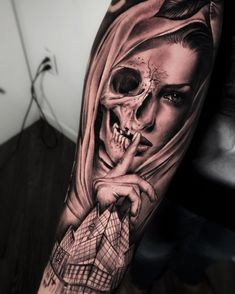 [New] The 10 Best Tattoo Ideas Today (with Pictures) - Made this awesome masterpiece on the homie thanks for all the trust brother . Skull Girl Tattoo, Skull Sleeve Tattoos, Girls With Sleeve Tattoos, Sugar Skull Tattoos, Forarm Tattoos, Cool Forearm Tattoos, Hand Tattoos, Cool Tattoos, Tatoos