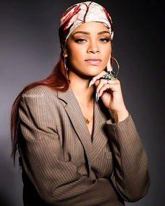 Rhianna with ginger hair Mode Rihanna, Rihanna Riri, Rihanna Style, Rihanna Music, Rihanna Fashion, Rihanna Red Hair, Rihanna Looks, Estilo Grunge, Head Scarf Styles
