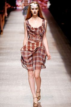 See the complete Andreas Kronthaler for Vivienne Westwood Spring 2011 Ready-to-Wear collection.