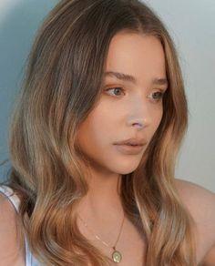 Chloe Morets, Chloë Grace Moretz, Celebs, Celebrities, Amazing Grace, Online Shopping, Actresses, Long Hair Styles, Sexy