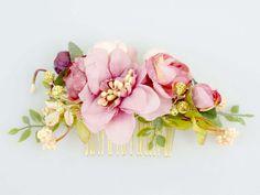 Haarblüten - Blumen Haarkamm / Kamm / Perlen - ein Designerstück von LolaWhite…