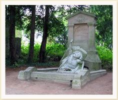 Grave Marker- Jules Gabriel Verne, sci-fi author, died at In Jules Verne, Monuments, Amiens France, Places To Travel, Places To See, Sci Fi Authors, Cemetery Art, Writers And Poets, Les Oeuvres