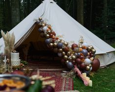 We are bringing all the Moroccan vibes to the UK today with this beautiful Moroccan wedding inspiration, set at Longton Wood in the evening for a really Wedding Balloons, Tent Wedding, Wedding Night, Chic Wedding, Moroccan Theme, Moroccan Wedding, Snow White Wedding, Balloon Company, Red Color Schemes
