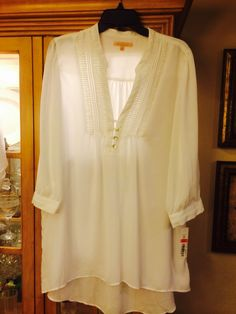 Gibson Latimer blouse XL Dillard's clearance $11.20 original $59.00 great with skinny jeans. Scarf