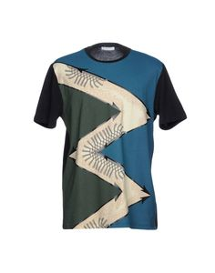 Versace Collection Women T-Shirt on YOOX. The best online selection of T-Shirts Versace Collection. YOOX exclusive items of Italian and international designers - Secure payments Versace Men, Mens Fashion, Shopping, Clothes, Collection, Tops, Style, Moda Masculina, Outfits