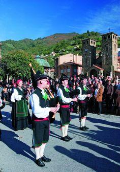 Moreda celebra mañana San Martín, la fiesta más típica del otoño asturiano. No te la pierdas! http://www.aller.es/n-turismo/813-moreda-celebra-la-fiesta-de-san-martin…