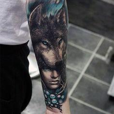 Men's Wolf Tattoos on Forearm
