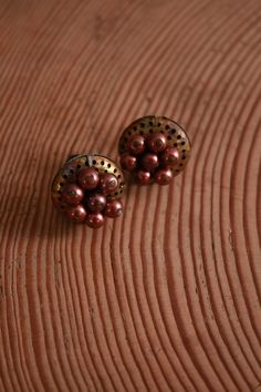 1940s earrings / 40s brass discs / vintage holiday accessories / by coralvintage, $24.00