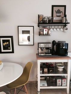 Best Home Coffee Bar Ideas for All Coffee Lovers Awe-inspiri. - healthiestfood - Best Home Coffee Bar Ideas for All Coffee Lovers Awe-inspiri. Best Home Coffee Bar Ideas for All Coffee Lovers Awe-inspiring modern coffee bar ideas - Coffee Station Kitchen, Coffee Bars In Kitchen, Coffee Bar Home, Home Coffee Stations, Coffee Shop, Coffee Menu, Kitchen Small, Hot Coffee, Iced Coffee