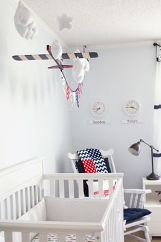 White Vintage Boy Airplane Room. Very cute use of plane and banner and so easy to do. #baby #nursery #plane
