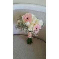 10 Bunga Tangan Hand Bouquet Ideas Wedding Instagram Hand Bouquet