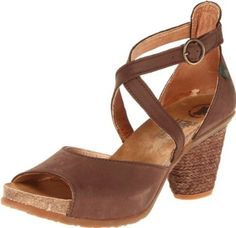 Amazon.com: El Naturalista Women's Senda N790 Pump: Shoes