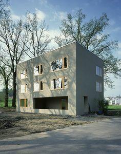 Dettli'Nussbaumer Architekten,  Zweifamilienhaus Untererlen, Emmenbrücke,   1998