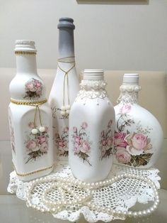 1 million+ Stunning Free Images to Use Anywhere Recycled Glass Bottles, Glass Bottle Crafts, Wine Bottle Art, Diy Bottle, Decoupage Jars, Decoupage Vintage, Jar Art, Shabby Chic Crafts, Bottle Painting