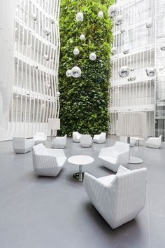 OR - KKCG office building reconstruction Prague / Czech Rep. Atrium Design, Lobby Design, Commercial Design, Commercial Interiors, Green Architecture, Architecture Design, Biophilic Architecture, Chinese Architecture, Futuristic Architecture