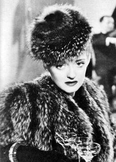 Bette Davis , Dark Victory (1939)