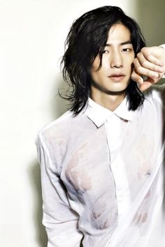 31 hot photos from Song Jae Rim – (note from Gwyn – Aigoo! My latest … 31 Hot Photos Of Song Jae Rim – (Note from Gwyn – Aigoo! My latest eye-candy, lust-love, Song Jae Rim. I can't believe he's Onscreen he looks like such an i Asian Men Hairstyle, Easy Hairstyles For Long Hair, Trendy Hairstyles, Hairstyles Pictures, Asian Guy Hairstyles, Asian Men Long Hair, Short Hair, Hair Reference, Androgynous Fashion