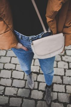 mira-mirror.com #bloggerstyle #closedjeans #pufferjacket #blogger #winterstyle