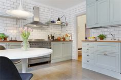 subway kitchen tile to ceiling | floor to ceiling subway tile and love the cabinet ... | kitchen L O...
