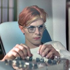 David Bowie - Tommy Newton