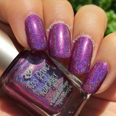 Sweet Hugs is a medium purple holo with red and pink micro shimmers. Store exclusive. Limited to 1 per order per customer.