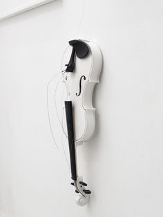 Riccardo Paratore Lucas Samaras, John Galliano, Violin, Contemporary Art, Music Instruments, Culture, Art, Musical Instruments, Modern Art