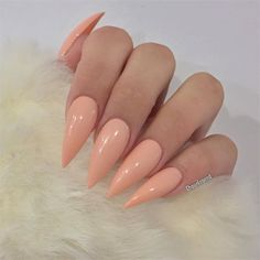 peach nail polish on claw nails