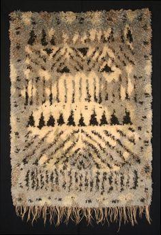 Sisustusryijy Lapinjäkälä: 4.12.2009 Rya Rug, Modern Tapestries, Latch Hook Rugs, Textile Texture, Rug Hooking, Woven Rug, Deco, Animal Print Rug, Fabric Design
