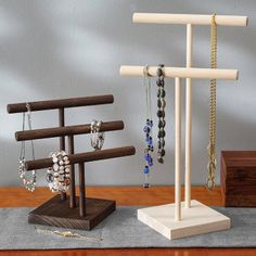 Create with confidence with DIY project ideas and free woodworking plans. Build furniture and other projects with ease, our step by step instructions will show you how. Diy Jewelry Stand, Wooden Jewelry Display, Wood Display, Jewellery Display, Jewellery Stand, Diy Jewelry Tree, Jewelry Holder, Handmade Jewelry, Woodworking Furniture Plans