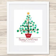 Christmas Crafts for parents Personalised finger-painted Christmas tree print - hardtofind. Baby Christmas Crafts, Painted Christmas Cards, Unique Christmas Trees, Christmas Tree Painting, Preschool Christmas, Toddler Christmas, Diy Christmas Cards, Xmas Crafts, Handprint Christmas Tree