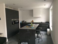 Next125 keuken lava zwart