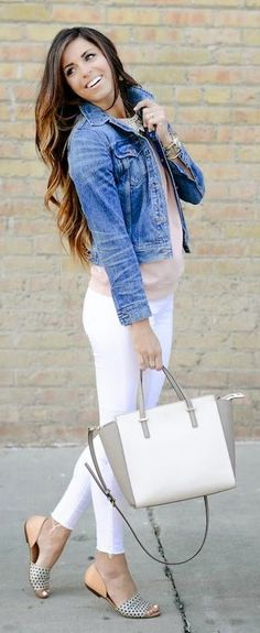 Denim On Light Neutrals Streetstyle