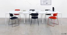 SPACEiST Loves: #MadeinBritian PLC chair has a modest form & high stability, perfect for an #education setting #seating #furnituredesign #modernfurnishings