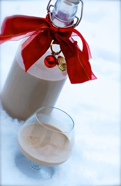 better than bailey's Irish cream ~ A little libation to enjoy during the holidays! Easy and delicious!