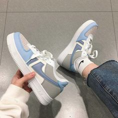 Dr Shoes, Cute Nike Shoes, Swag Shoes, Cute Nikes, Pink Shoes, White Shoes, White Sneakers, Sneakers Mode, Sneakers Fashion