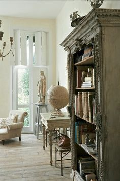 Fabulous old style shutters, beautiful hand picked pieces for a perfect French style room