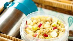 First Quinoa attempt. Salad Recipes, Healthy Recipes, Yummy Recipes, Good Food, Yummy Food, Apple Salad, Breakfast Bites, Food Hacks, Food Tips