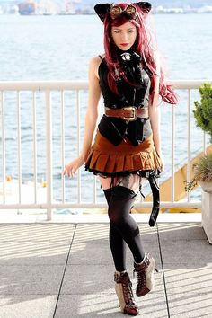 #SteamPUNK ☮k. Really nice outfit w/o the ears & tail.