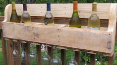 Show Off Your Wine Collection with a Pallet