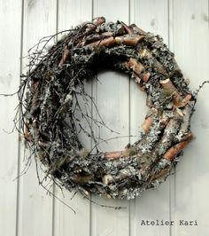 Glad medlem av Brukshåndtverkerne i Hedmark! Seasonal Decor, Fall Decor, Holiday Decor, Door Wreaths, Grapevine Wreath, Flower Decorations, Christmas Decorations, Christmas Crafts, Nature Crafts