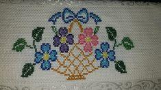Simple Cross Stitch, Cross Stitch Rose, Cross Stitch Borders, Cross Stitch Flowers, Cross Stitch Designs, Cross Stitch Patterns, Baby Embroidery, Hand Embroidery Stitches, Cross Stitch Embroidery