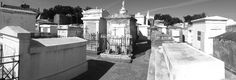 Come and visit the Lafayette Cemetery #1 in New Orleans! From famous people, or TV movie scenes, there is a lot to discover!