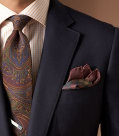 How to wear paisley
