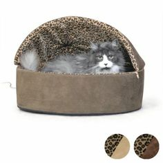 A luxurious heated cat bed with a pillow base. Removable, washable cover in 2 colors. Softness & dual thermostats make this a premium bed any cat will love.