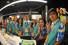 Profissionais da imprensa enquanto trabalhavam nos Jogos Olímpicos de Verão 2008, Pequim, China.  Fotografia: Tim Hipps / U.S. Army.