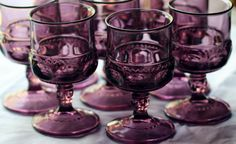 Vintage Kings Crown Indiana Glass Amethyst Cordials Wine Glasses Set of Six. Purple Love, Purple Glass, All Things Purple, Shades Of Purple, Black Glass, Vintage Wine Glasses, Kings Crown, Antique Glassware, Indiana Glass